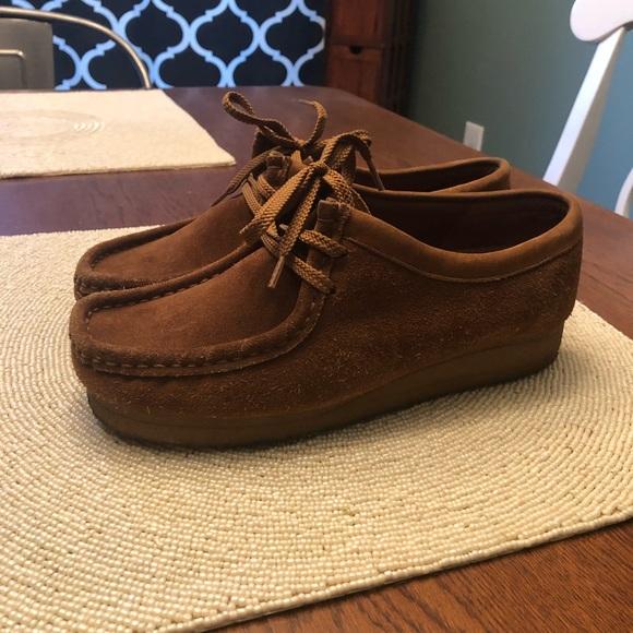 cf75d89422b Clark's Wallabees Caramel brown. Size 9 men's.